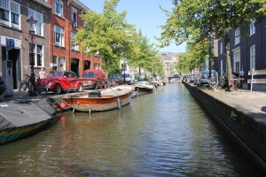 56-a-not-so-beautiful-amsterdam-canal